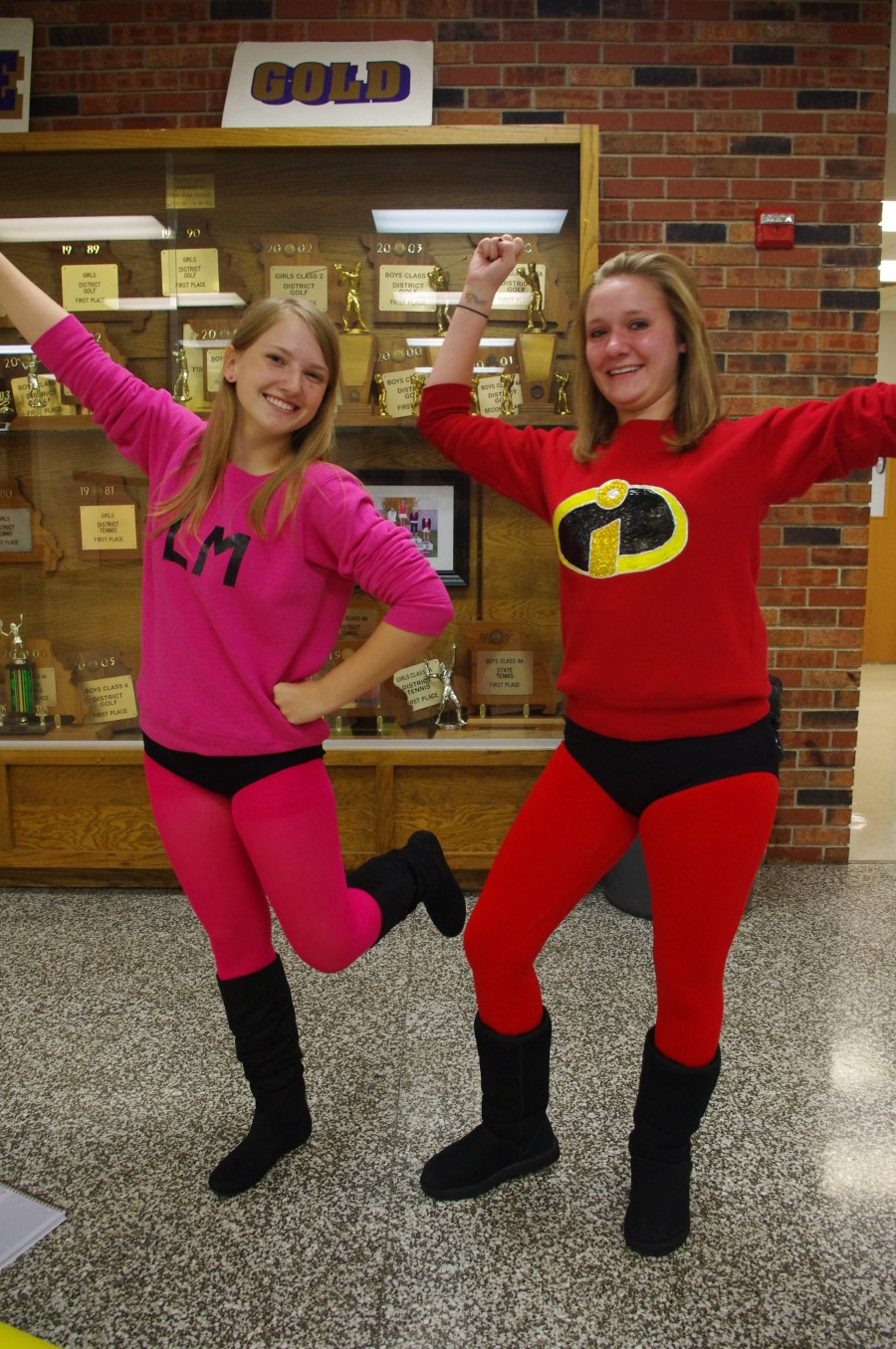 Twin Day Costume Ideas http://comoneighborhoods.wordpress.com/2010/09/24/hickman-homecoming-week-in-pictures-superhero-day/download/